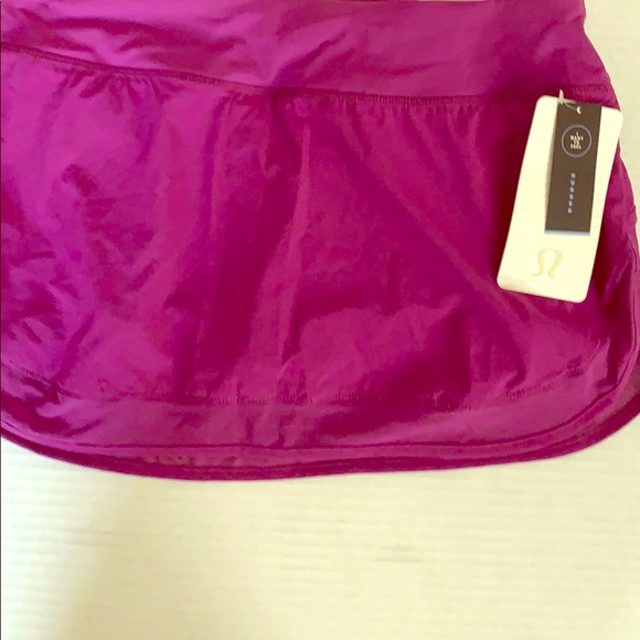 lululemon athletica Dresses & Skirts - Lululemon hottie hot skirt tender violet sz 10